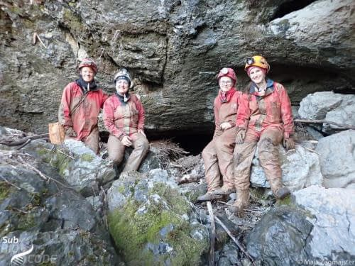 After the sampling in Velika pećina. As you can see from the color of our cave suits, the cave is quite muddy.